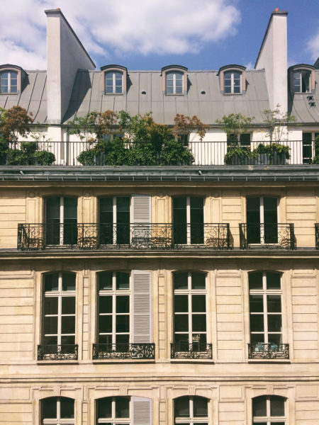 IMAGE: View of a traditional Paris property
