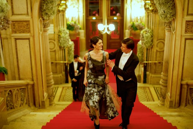 IMAGE: Beautifully-dressed couple at the Vienna Opera Ball