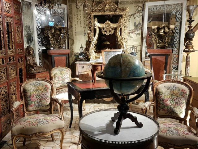 IMAGE: View of a room at le Marché Aux Puces
