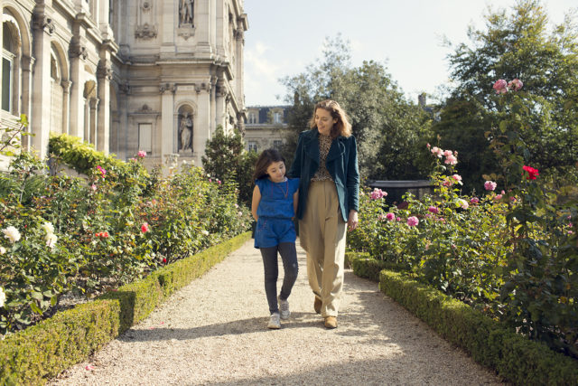 IMAGE: Susie Hollands and her daughter, Paloma, in a beautiful Paris park